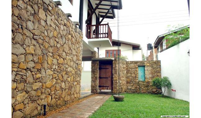 House for Rent/Lease in Talawatugoda - Architect designed 2 storey ...